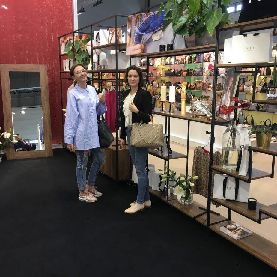 Dominika and Natalia hutnez