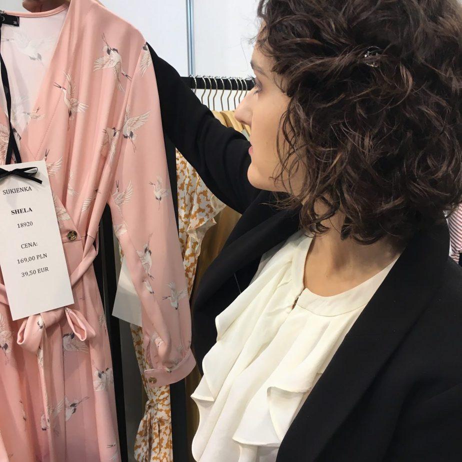 poznan targi mody sukienka