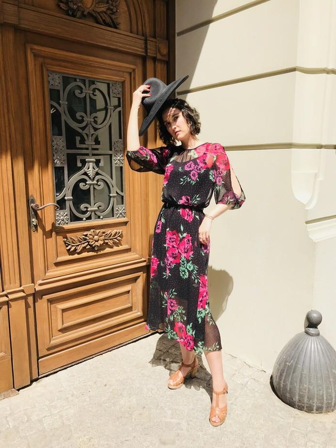 kolekcja party time - Sukienka w kwiaty stylizacja