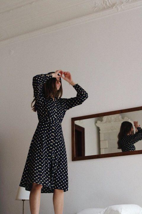 sukienka w grochy za kolano Madelle Varsovie