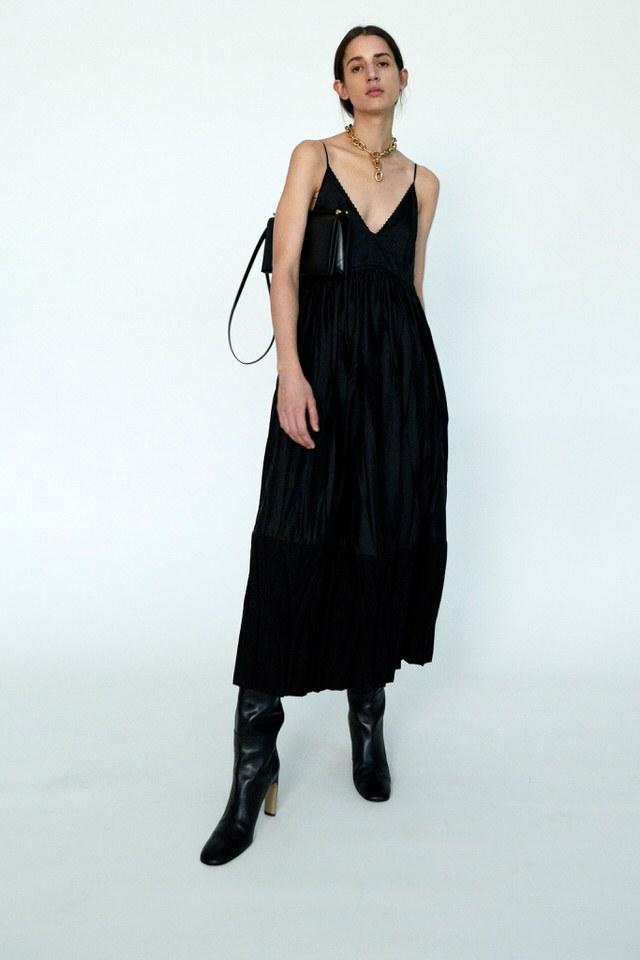 elegancka sukienka czarna
